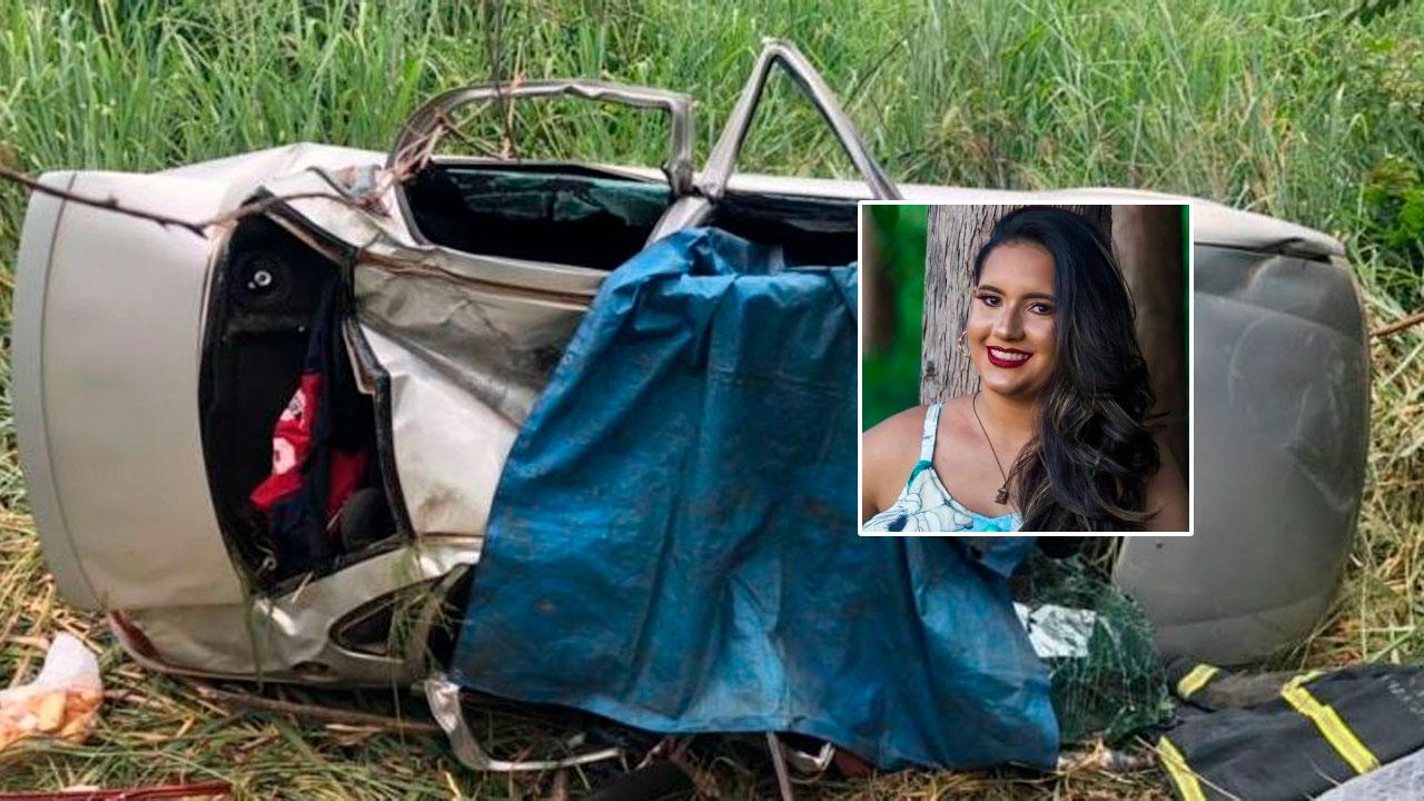 Veículo destruído pelo acidente