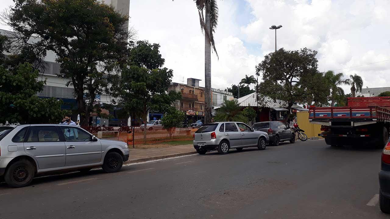 Praça central de João Pinheiro
