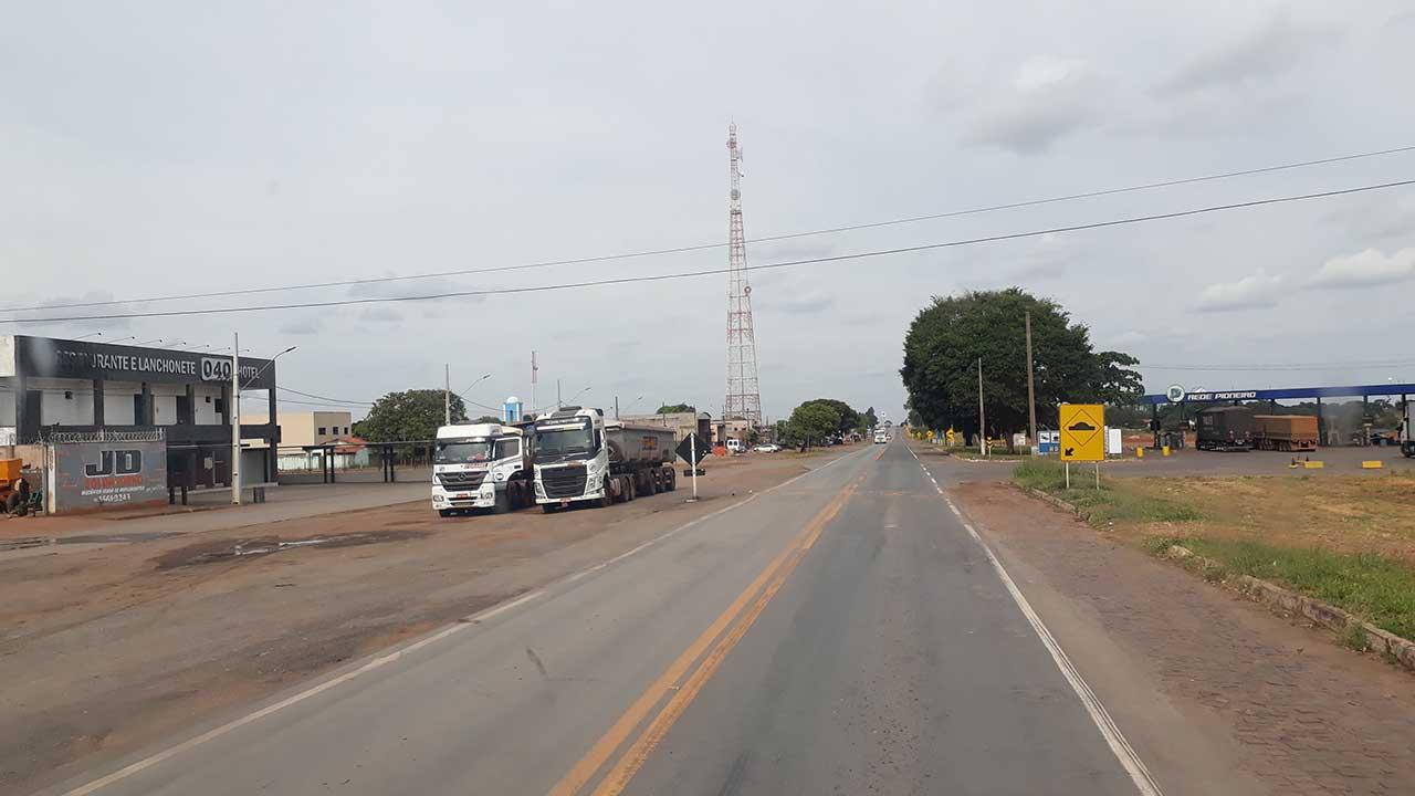 Foto da BR-040 que passa por Luizlândia do Oeste (JK)