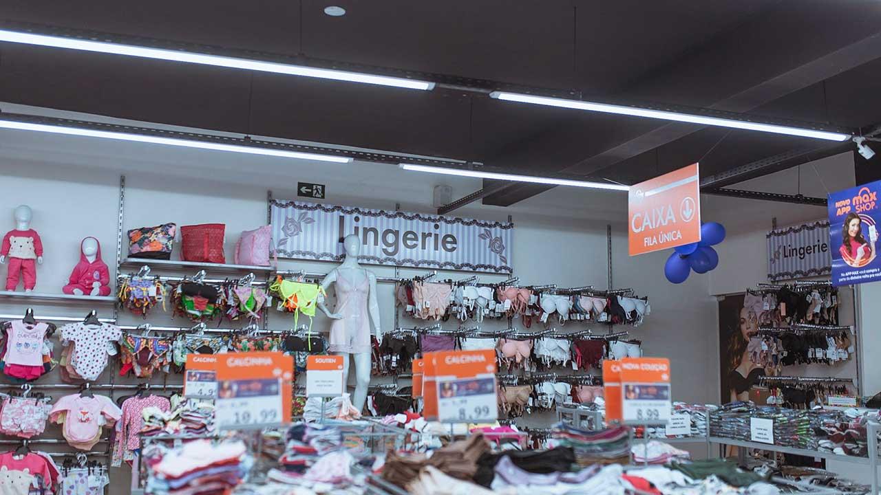 Departamento de Lingerie da loja Max Shop de João Pinheiro