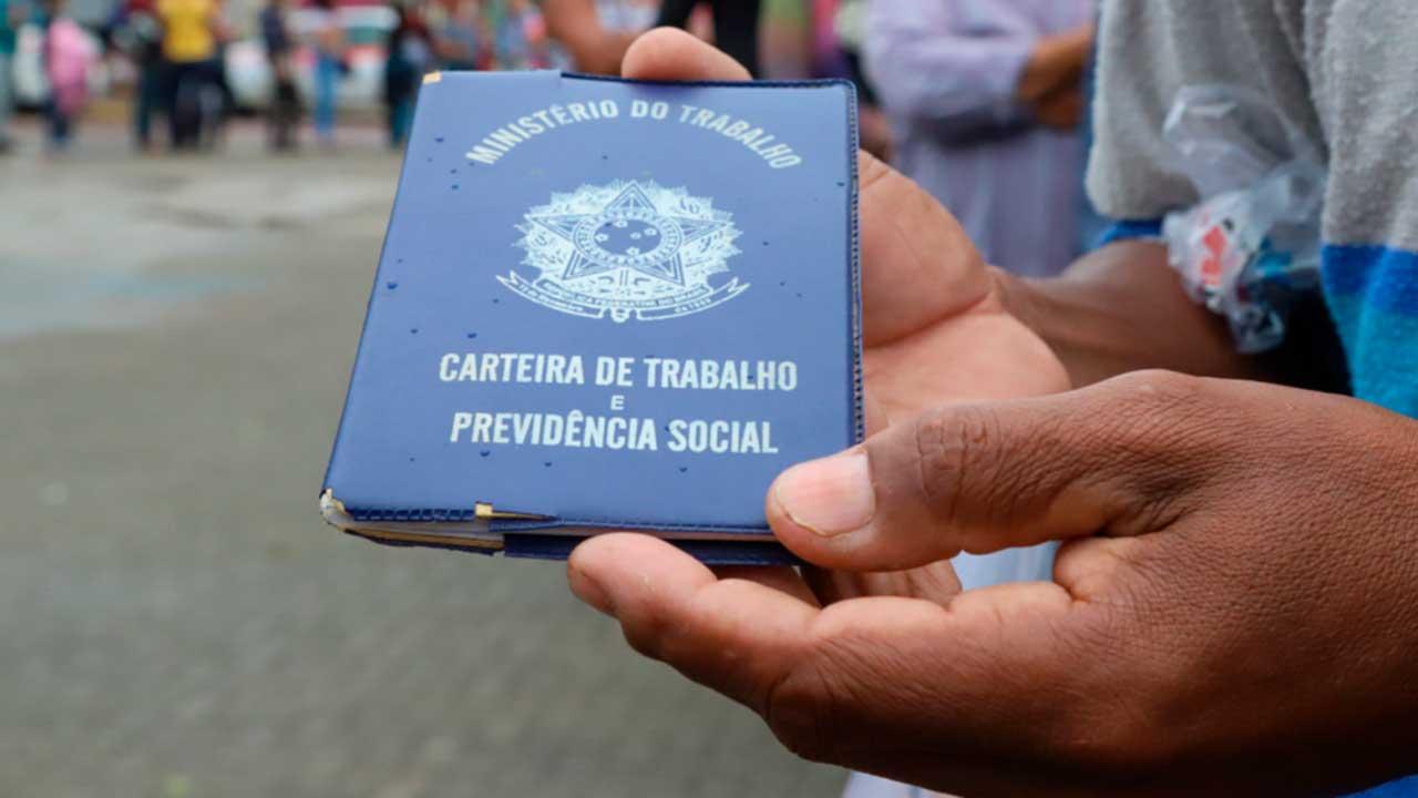 Supermercado Mart Minas oferece 150 vagas de emprego; confira