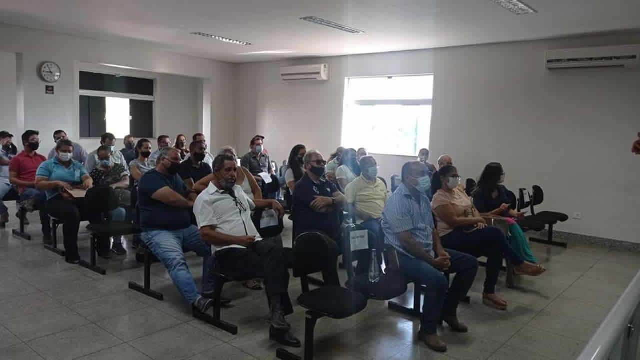 Audiência pública realizada pela Câmara de João Pinheiro discute projetos de expansão da eletrificação rural no município