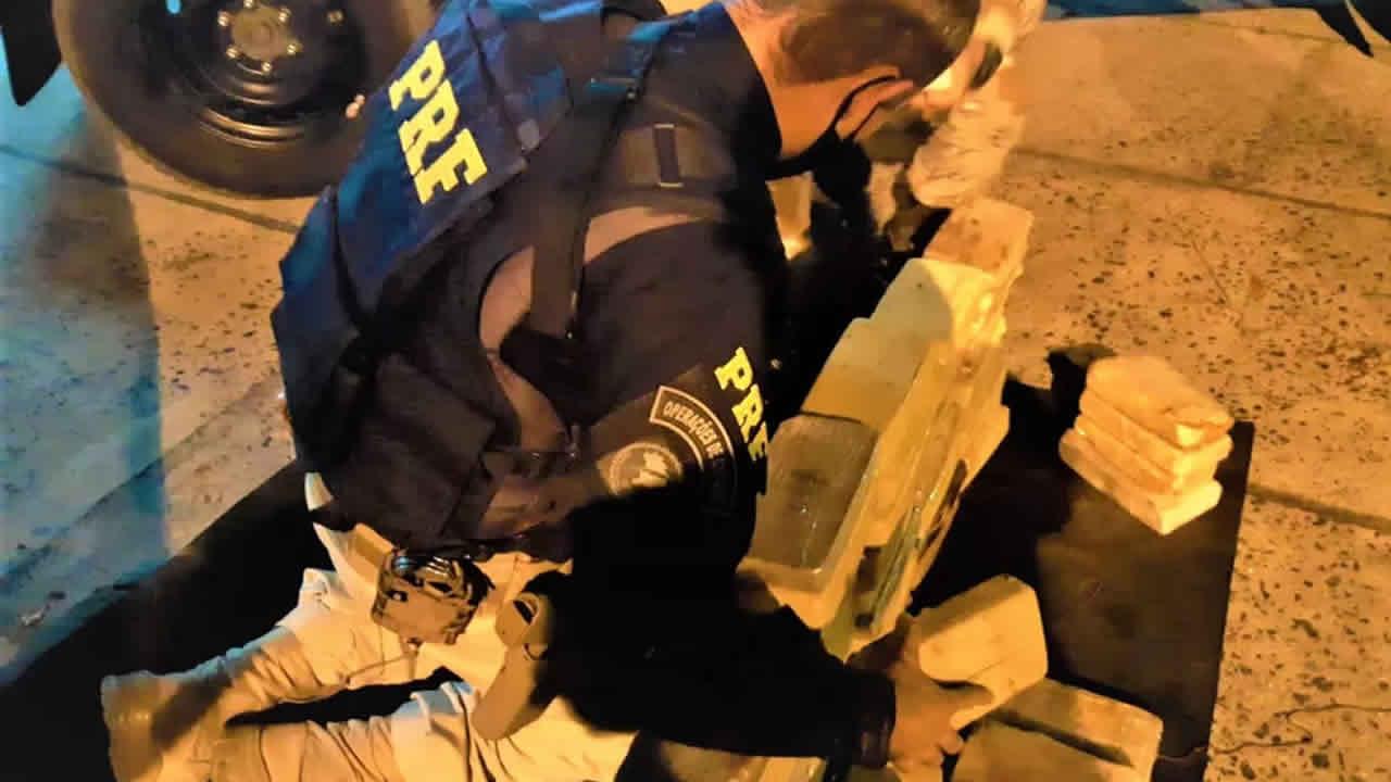 Grande carregamento de droga que saiu de João Pinheiro é apreendido pela PRF em rodovia da Bahia