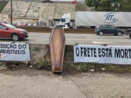 Tanqueiros paralisam as atividades em Minas em protesto contra ICMS e alta do combustível
