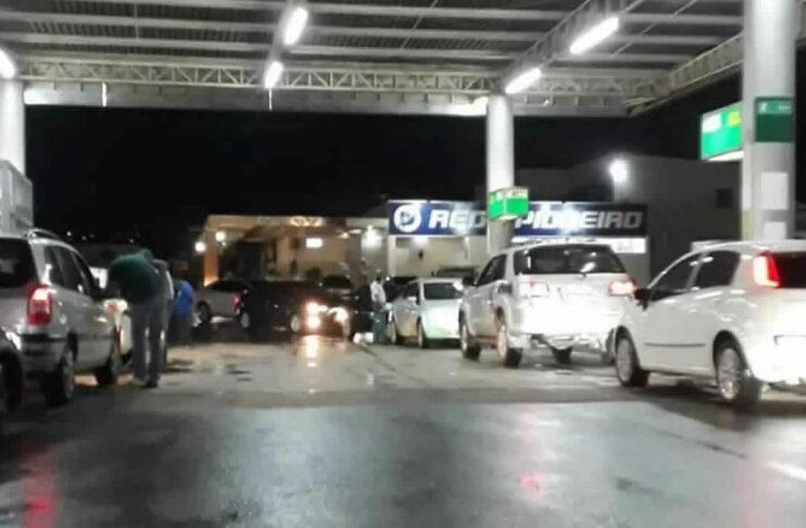 Greve de tanqueiros em Minas Gerais é suspensa, menos de 2 dias após início